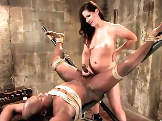 Gorgeous Mistress Trains Muff Adore
