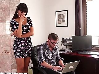 Mommybb Huge-chested Matures Mom Fucking The Youthfull Computer Wiz
